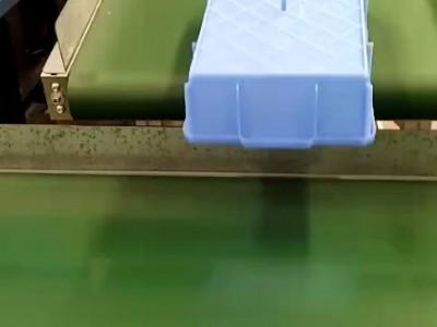 高速皮带输送机输送注塑品案例